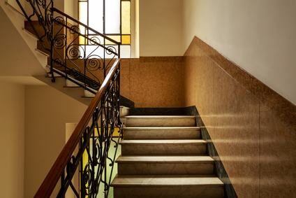 Manutenzione e ricostruzione delle scale. Il criterio di ripartizione delle spese contemplato dall'art. 1124 c.c.: ambito di applicazione.