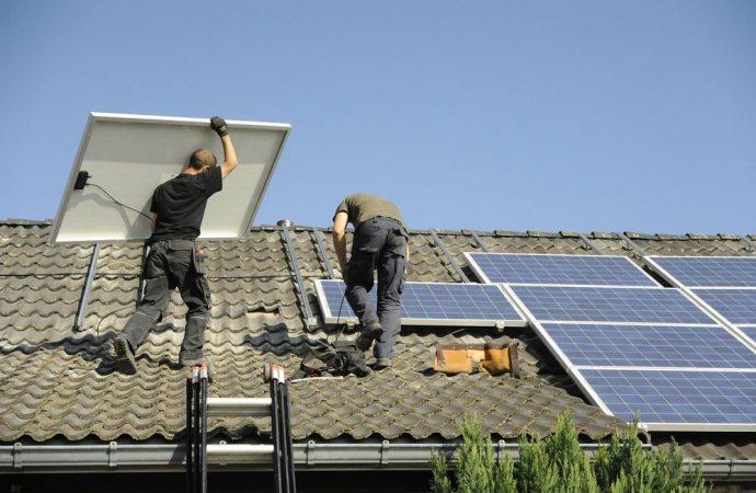 Uso del tetto comune ed impianto fotovoltaico. L'art. 1102 c.c.: l'uso individuale delle parti comuni e i suoi limiti.