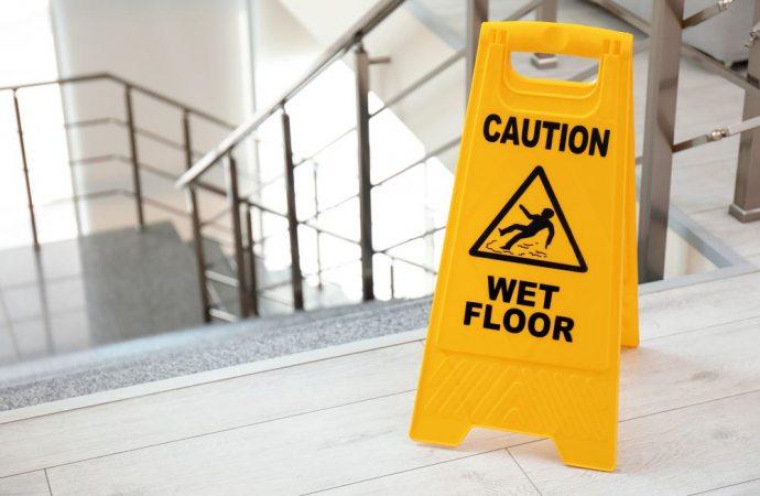 Spesa di pulizia della scale: applicazione integrale o parziale dell'art. 1124 c.c.? L'interpretazione della norma alla luce delle sentenze