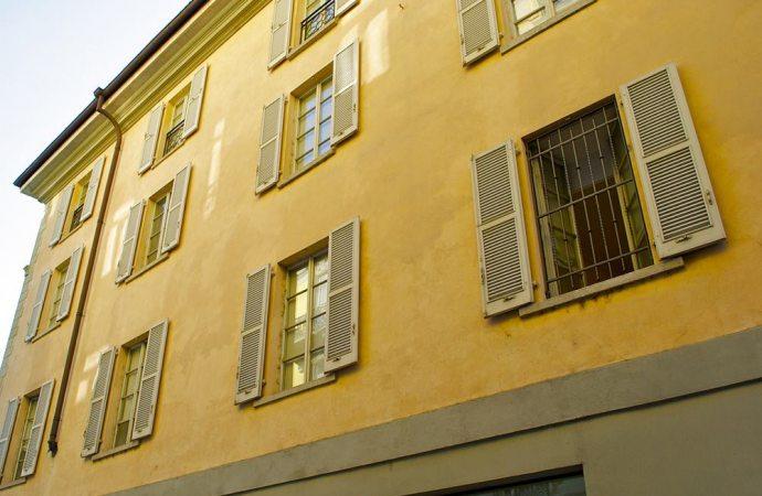 Le finestre comuni sulla facciata dell'edificio: profili inerenti la proprietà e la ripartizione delle spese