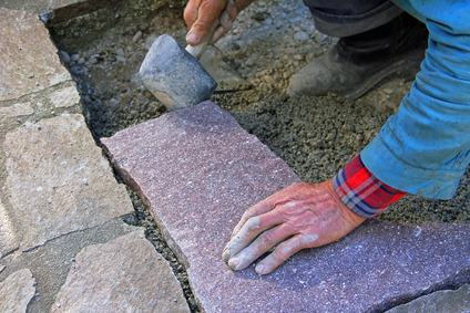 Cambio della pavimentazione nel cortile condominiale: tra intervento di manutenzione ed innovazione. Le soluzioni alla luce delle pronunce giurisprudenziali