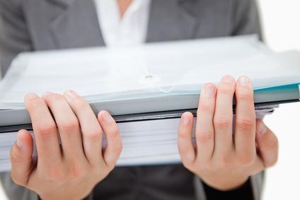 Amministratore di condominio, passaggio di consegne a seguito di revoca e trattenimento della documentazione condominiale: le conseguenze penali