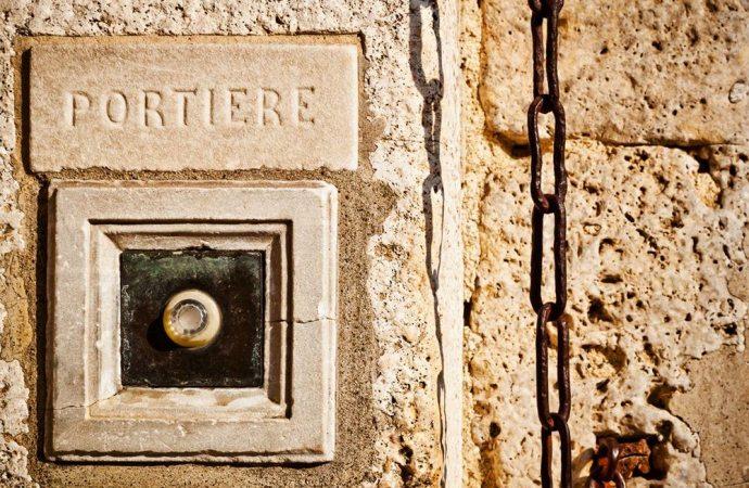 L'assunzione del portiere: le indicazioni dell'assemblea di condominio ed il ruolo dell'amministratore