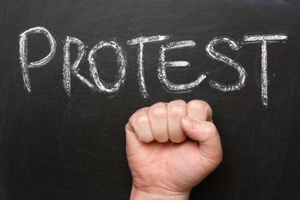 Condomino inadempiente: ricorso per decreto ingiuntivo, pagamento nelle more dell'emissione del provvedimento e addebito delle spese