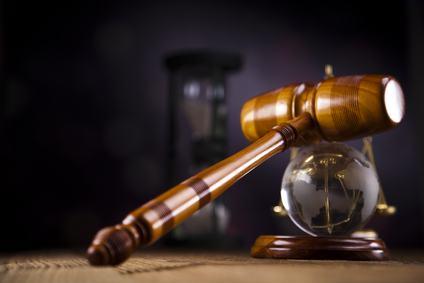Cassazione n. 22596/10: l'interpretazione del regolamento condominiale è compito spettante al giudice chiamato a decidere della causa.
