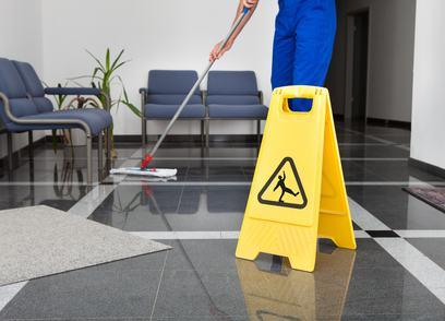 Sostituzione della delibera ed effetti nei confronti dei terzi: il caso dell'impresa di pulizia delle scale