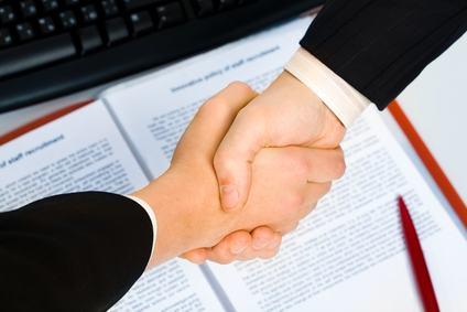 Il contratto d'appalto può escludere la solidarietà nel pagamento dell'impresa e quindi la legittimazione dell'amministratore a stare in giudizio