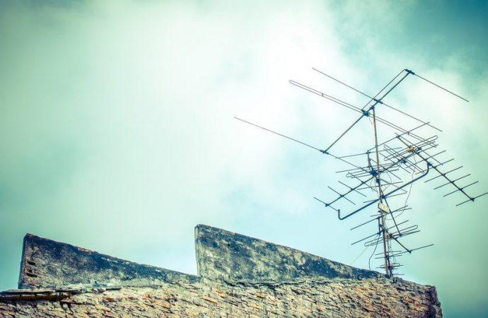 Antenna centralizzata condominiale: chi deve partecipare alle spese per interventi di conservazione?