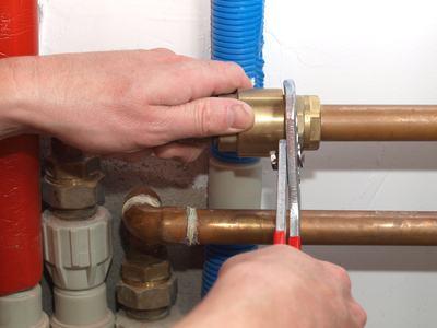 Il condomino può distaccarsi dall'impianto di riscaldamento centralizzato e non pagare le spese d'uso