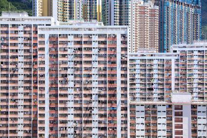 Come si compone un condominio? Il caso dello stabile separato dai garage e i riflessi sulla ripartizione delle spese
