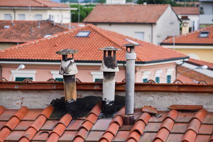 La responsabilità del condominio in caso di occlusione di una canna fumaria
