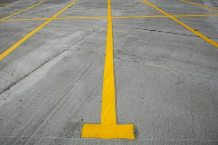 L'amministratore non commette alcuno spoglio di proprietà se fa ridisegnare le strisce del parcheggio.