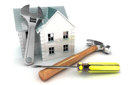 Se la ristrutturazione dell'unità immobiliare prevede solo opere interne non può esserci alterazione del decoro architettonico