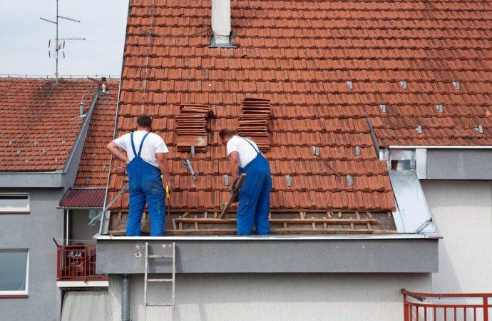 Il tetto è un bene comune e le spese per la sua manutenzione spettano a tutti i condomini in base ai millesimi di proprietà