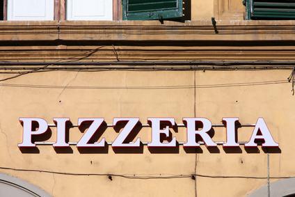 Il locale affittato come ristorante può essere adibito anche a pizzeria