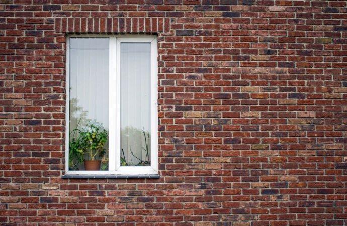 Se il vicino apre una finestra irregolare - Le finestre di fronte ...