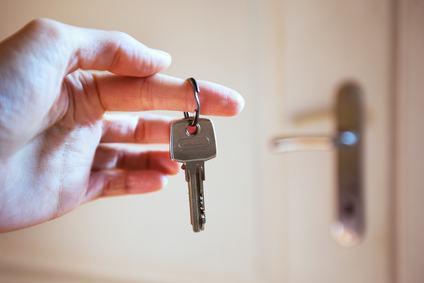 Lecita l'attività di affittacamere se il regolamento vieta solamente di mutare la destinazione d'uso