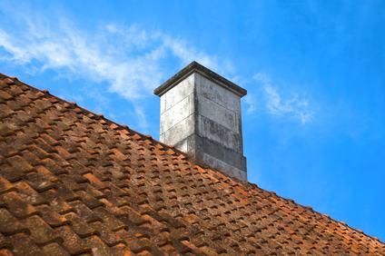 Canne fumarie in cemento amianto: come effettuare gli interventi di manutenzione e di bonifica?