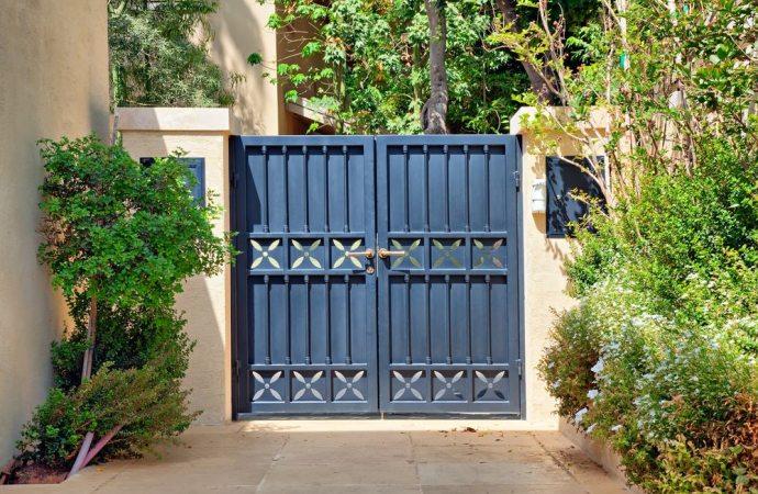 Servitù di passaggio e installazione di un cancello: la consegna delle chiavi potrebbe essere insufficiente a garantire l'esercizio del diritto