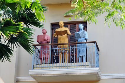 Si può cantare liberamente sul balcone?