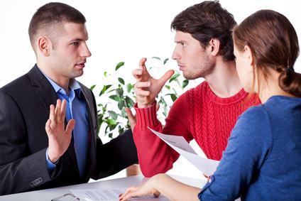 L'amministratore revocato dall'incarico deve restituire tutte le somme indebitamente percepite.