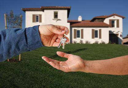 La Cassazione, con la sentenza n. 10235/13, è tornata ad occuparsi delle obbligazioni nel condominio