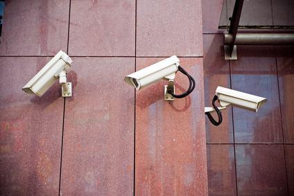 Le riprese delle telecamere condominiali sono utilizzabili nel processo penale anche se violano la privacy
