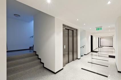 Assistenza ascensori. Con le multinazionali non sempre gli amministratori si trovano a loro agio