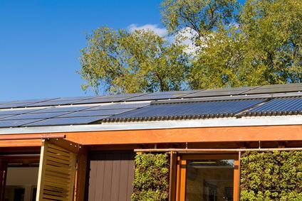 Impianti per la produzione di energia alternativa tra novità introdotte dalla Riforma e limiti al decoro architettonico.