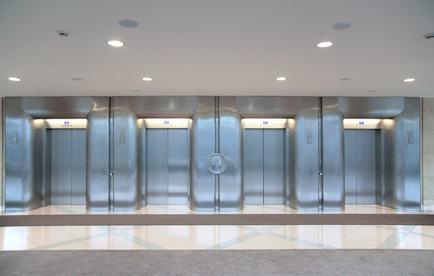 Sicurezza ascensori: perché in Italia non è stata ancora recepita la raccomandazione 95/126/CE?
