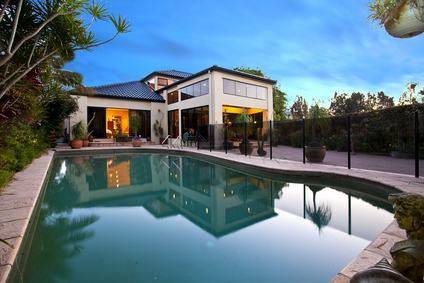 Le abitazioni di lusso e l'inapplicabilità delle disposizioni agevolative connesse all'acquisto della prima casa.