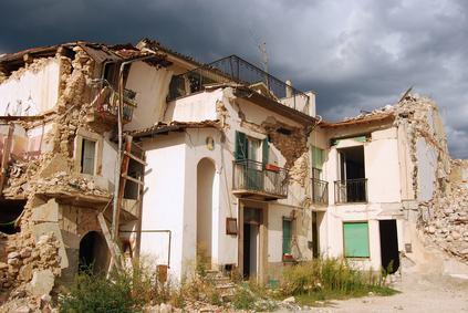 In arrivo una nuova classificazione del rischio sismico per gli immobili. Ogni edificio si doterà di una tabella riportante il grado di vulnerabilità