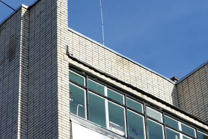 Terrazzo a livello e lastrico solare di proprietà esclusiva: anche il proprietario risponde dei vizi costruttivi