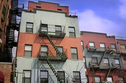 Distanza tra edifici. Si deve calcolare anche il balcone?
