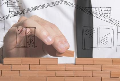 """Che cosa può fare l'amministratore di condominio se il costruttore non paga e fa """"il bello e cattivo tempo""""?"""