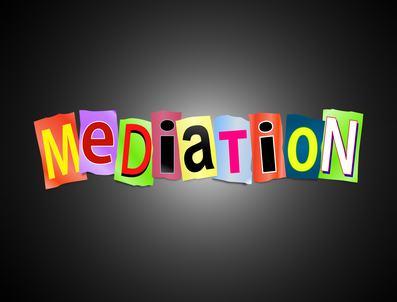 Che cosa bisogna fare per ottenere la sospensione della delibera durante il tentativo di mediazione?