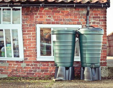Condannati per lite i condomini che si opponevano alla rimozione dei serbatoi d'acqua posti nel cortile condominiale