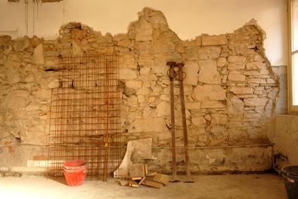 Si possono effettuare ristrutturazioni edilizie che riducono i volumi preesistenti