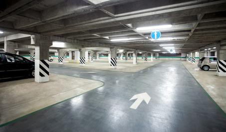Aree destinate a parcheggio, i condomini hanno diritto all'uso del solo spazio di loro pertinenza
