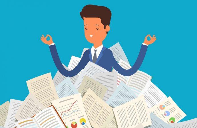 Entro quanto tempo l'amministratore uscente deve consegnare i documenti al suo successore?