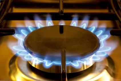Interruzione dei servizi di luce, gas e acqua a causa di morosità persistente: non è invocabile la tutela cautelare nel condominio