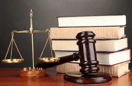 E' compito del giudice stabilire se una deliberazione è nulla oppure annullabile