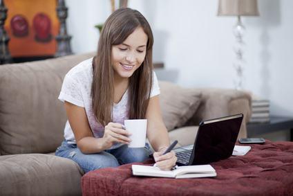 Acquisto prima casa. L'omissione della dichiarazione della residenza del coniuge nei rogiti non incide sulle agevolazioni fiscali
