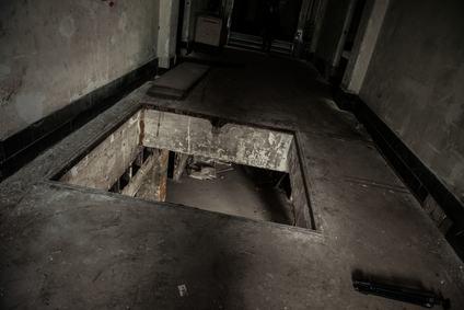 È condominiale l'intercapedine posta tra il piano di posa delle fondazioni e la soletta del piano interrato