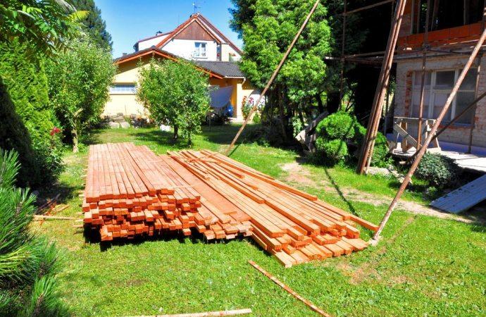 Che cosa fare se il vicino non vuole fare montare i ponteggi per i lavori di manutenzione?