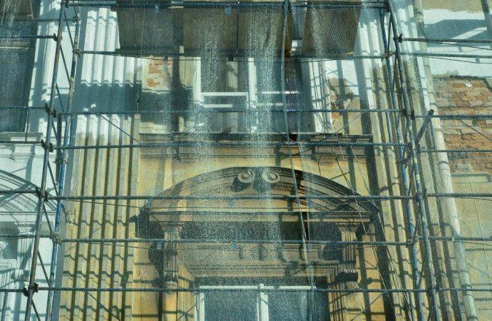 Rifacimento facciata condominiale ripartizione spese