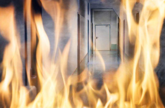 Incendio in casa: i danni li paga il proprietario o il conduttore?