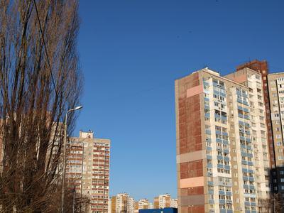 Spetta sempre a chi reclama la proprietà esclusiva di un bene condominiale l'onere di dimostrare di avere ragione