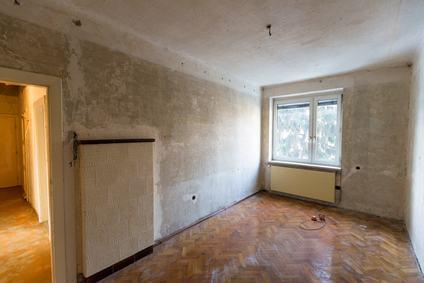 Danni all'appartamento restituito? Spetta al conduttore provare che non c'entra nulla
