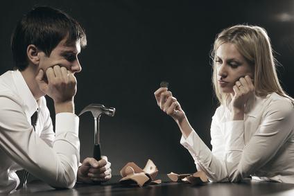 Il recupero dei crediti condominiali nei confronti dei coniugi comproprietari.